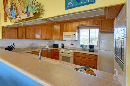 BF3 2015 Kitchen From Dining